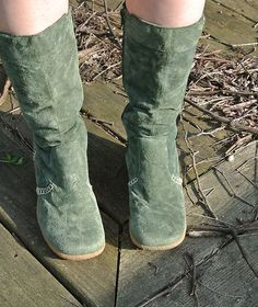 }4sale{ start bid .99¢ ! 7 day auction ! just listed 3/31/12 ! Hippie Boho Bohemian ! Leather Boots !