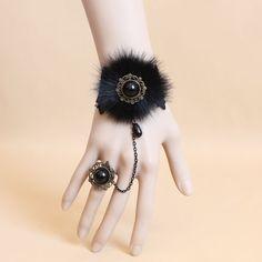 Résultats de recherche d'images pour «bracelet fausse fourrure»
