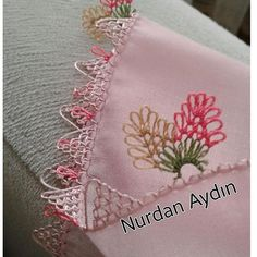 Knitted Poncho, Knitted Shawls, Piercings, Knit Shoes, Crochet Borders, Moda Emo, Sweater Design, Knitting Socks, Crochet Flowers