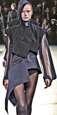 Thierry Mugler  Love the layering and mix and match fabrics