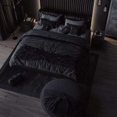 Awesome 40 Fantastic Industrial Bedroom Design Ideas That Everyone Will Like It Black Bedroom Design, Luxury Bedroom Design, Home Room Design, Dream Home Design, Industrial Bedroom Design, Black Bedroom Decor, Black Decor, Bedroom Setup, Room Ideas Bedroom
