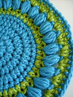 Easy to crochet round pot holder or bath cloth with decorative border. This PDF contains step-by-step pattern and detailed description of crochet stitches used for this project. - by CasaDiAries Crochet Square Pattern, Crochet Potholder Patterns, Vintage Crochet Patterns, Crochet Dishcloths, Crochet Round, Crochet Squares, Crochet Motif, Crochet Blocks, Crochet Borders