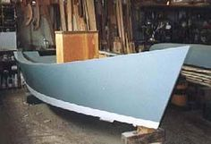 This boat is basic I know but that's what I like about it. Called the lumberyard skiff the idea is that it can be built with lumber from the local lumber yard with no special materials, tools or skills. This... Small Power Boats, Small Boats, Wooden Boat Building, Boat Building Plans, Boat Shelf, Duck Boat Blind, Free Boat Plans, Pt Boat, Model Boat Plans