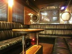 2005 Freightliner Bus Tuxedo 40 Pass. Limo Bus For Sale #4014