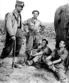 General Leclerc with men of his division (in French 2e Division Blindée, 2e DB). The men are of the 1st Company 501 RCC, in the Ecouche area, between the 13th and 21st of august 1944.