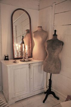 Frøken Jægers hus Dress Form Mannequin, Vintage Mannequin, Clothing Patterns, Dress Patterns, Vintage Dresses, Vintage Outfits, Little White House, Nordic Style, Vintage Lingerie