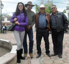 Ziquítaro. En las afueras del templo, el día de la fiesta guadalupana del 12 de enero del 2014, se ve a Miryam, Martín, don Amado y Chel.