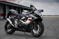 suzuki gsxr 1000 - The most comfortable sports bike