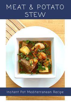 Gjelle me mish dhe patate Best Potato Recipes, Soup Recipes, Bolivian Food, Bolivian Recipes, Albanian Recipes, Albanian Food, Eastern European Recipes, Stewed Potatoes