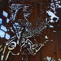 Vhils was here