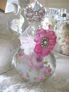 ** Gorgeous - Perfume bottle **
