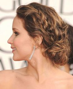 Attractive And Exclusive Updos Hairstyles for Females