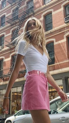- sarah💦 Source by lillianjosefien clothes brandy melville Ropa Brandy Melville, Brandy Melville Outfits, Brandy Melville Models, Mode Outfits, Trendy Outfits, Fashion Outfits, Urban Outfits, Grunge Outfits, Looks Style