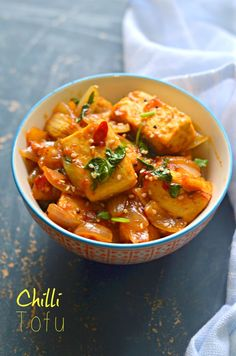 Easy Chilli Tofu makes a perfect, healthy Vegan side dish to serve for Thanksgiving or Christmas celebrations. Adjust the spice level as per your desired taste. Gluten free + low calories.