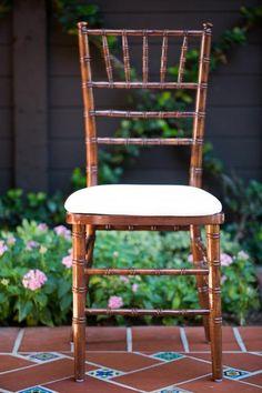 chiavari chair (multiple colors)