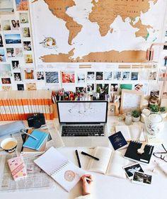 38 Ideas desk organization student study for 2019 Study Desk, Study Space, Work Desk, Study Tables, Desk Office, Office Furniture, Uni Room, Dorm Room, Tara Milk Tea