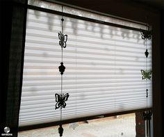 Beautiful Fensterdeko mit einem wei en Plissee der Marke Sensuna