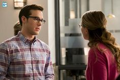 """Supergirl """"Crossfire"""" S2EP5"""