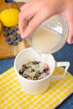Mug Cake Recipes: Microwave Blueberry Lemon Mug Cake for Two Pear Recipes, Mug Recipes, Polish Recipes, Cake Recipes, Polish Food, Cheap Clean Eating, Clean Eating Snacks, Mug Deserts, Dessert For Two