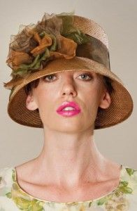 Flapper style cloche - click to read about hats for women with short hair - (article) -  http://boomerinas.com/2013/05/best-hat-styles-for-women-with-short-hair/