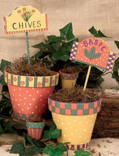 Perky Pots project from D Diy Flower Pots Paint Garden Pots, Painted Plant Pots, Painted Flower Pots, Flower Pot Art, Flower Pot Crafts, Clay Pot Crafts, Diy Flower, Cactus Flower, Ceramic Pots