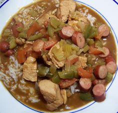 Chicken and Smoked Sausage Gumbo - Searching for Spice Cajun Recipes, Low Carb Recipes, Chicken Recipes, Gumbo Recipes, Cajun Food, Spicy Stew, Sausage Gumbo, Seafood Gumbo, Diced Chicken