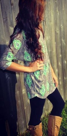 Beautiful party tunic shirt, leggings and long boots. Definitely want this outfit Cute Fashion, Teen Fashion, Fashion Outfits, Fasion, Fashion Top, College Fashion, College Outfits, School Outfits, Leggings Mode
