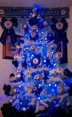 Navidad cruz azul Christmas Decorations, Christmas Tree, Holiday Decor, Batman Vs Superman, Soccer, History, Panda, Boss, Football