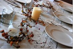 A simple and beautiful fall themed table decor.