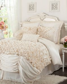 Spotted this Lucia Comforter Set on Rue La La. Shop (quickly!).