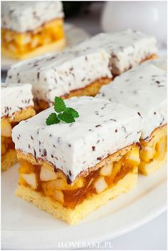 Jabłecznik straciatella - I Love Bake Pizza Recipes, Cake Recipes, Cooking Recipes, Best Food Ever, Polish Recipes, Sweet Cakes, Homemade Cakes, Flan, Summer Recipes