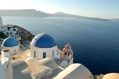 Greece is one of the most beautiful countries in all of Europe, but where should you go? Here is our guide to planning a trip to Greece Us Destinations, Great Wall Of China, Trip Advisor, Travel Advisor, Romantic Getaway, Greece Travel, Travel Agency, Historical Sites, Beautiful Beaches