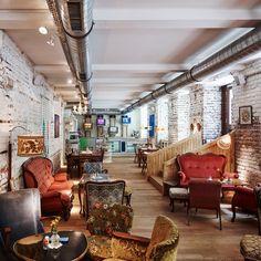 Café Vollpension im Bezirk - Wien Vienna, My Dream, Restaurants, Traveling, Decoration, Home Decor, Social Enterprise, Nice Breakfast, City Life
