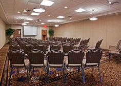 #Low #Cost #Hotel: HOLIDAY INN FT. WAYNE IPFW AND COLISEUM, Fort Wayne, United States. To book, checkout #Tripcos. Visit http://www.tripcos.com now.