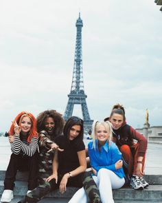 """Mi piace"": 8,649, commenti: 56 - vintage dreams (@90smilk) su Instagram: ""Spice Girls in France, 1996"""