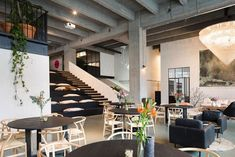 Luxurious Co-Working Spaces : fosbury & sons