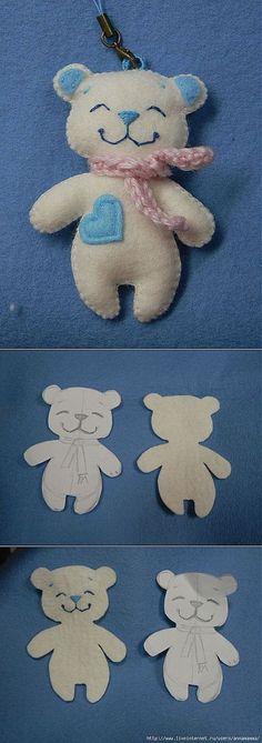Charm - a bear (felt).