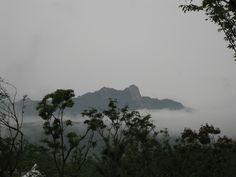 구름위 설악산