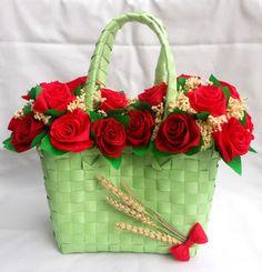 Tadascia Dellagaren: Composizione floreale borsa