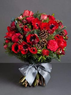"""Would be stunning in a silver vase. """"Espectacular"""""""
