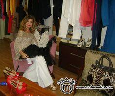 Nossas clientes são as melhores! Analu Barcellos consultora vem sempre conferir as novidades para indicar aos seus clientes oferecer o conforto e exclusividade que temos. Venha você também!  www.malumodas.com  #descontos #imperdivel #modafesta #festa #gola #decote #renda #musseline #casamento #convidada #madrinha #formatura #formanda #lojaonline #loja #campinas http://ift.tt/29Ss7Qh #moda #campinas #grife #modabrasileira