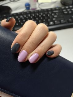 Fall nails gray nails, purple nails, manicure and Black Gel Nails, Gel Nails French, Gold Glitter Nails, Gray Nails, Sparkle Nails, Pink Nails, Nail Shapes Squoval, Purple Toes, Fall Nail Colors