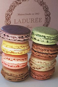 Ladurée, les macarrons, of course