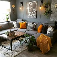 7 prachtige kleurencombinaties in huis 7 beautiful color combinations at home - Everything to make y Living Room Orange, Living Room Grey, Living Room Interior, Home Living Room, Apartment Living, Living Room Designs, Interior Livingroom, Living Room Warm Colors, Living Roon