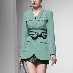Fashion Luxury Design Women Stylish High Street Blazer with Cummerbund Solid Color Pockets Quality Jacket Blazers For Women, Coats For Women, Jackets For Women, Women Blazer, Hot Shorts, Skirt Suit, Vintage Skirt, Blazer Jacket, Work Wear