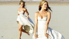 Jennifer Aniston Beach | Jennifer Aniston On Beach Photos, Images, Pics, Pictures Wallpapers.