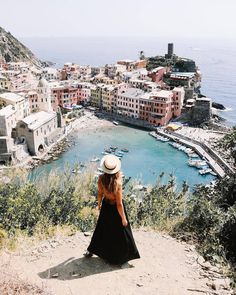 VERNAZZA   CINQUE TERRE   LIGURIA   ITALY  Photo from @dianamiaus @alexandrsupertramp! Check their beautiful galleries!  Tag a friend you would like to visit Cinque Terre with!  http://ift.tt/21cZ1hU