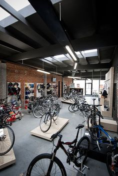bike shop interior design by Alexander Hugelier www.beeldpunt.com photography by Valerie Clarysse