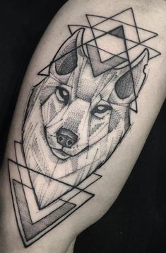 Love the sketchy and pointillism look. Even like the stylized wolf Wolf Tattoos Men, Dope Tattoos, Animal Tattoos, Leg Tattoos, Body Art Tattoos, Tattoos For Guys, Tattos, Geometric Wolf Tattoo, Geometric Tattoos Men