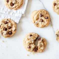 Original NESTLÉ® TOLL HOUSE® Chocolate Chip Cookies: add 1 cup of quick-cook oatmeal to mix.for the very best chocolate chip cookies! Butter Chocolate Chip Cookies, Dark Chocolate Chips, Chocolate Morsels, Brownie Cookies, Chocolate Fudge, Pan Cookies, Turkey Cookies, Crispy Cookies, Molasses Cookies